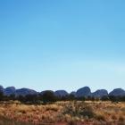 36個の巨大な岩の群れ