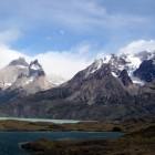 氷河で削られた雪山