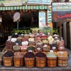 アスワンにはスパイスの店が多い