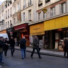 モントルグイユ通りを散歩