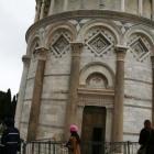 斜塔の入口