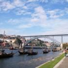 ドン・ルイス1世橋とラベーロ船