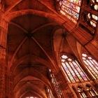 ステンドグラスの美しい大聖堂