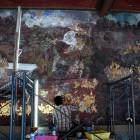 壁画の修復作業中