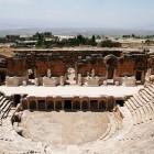 非常に保存状態が良い円形劇場跡